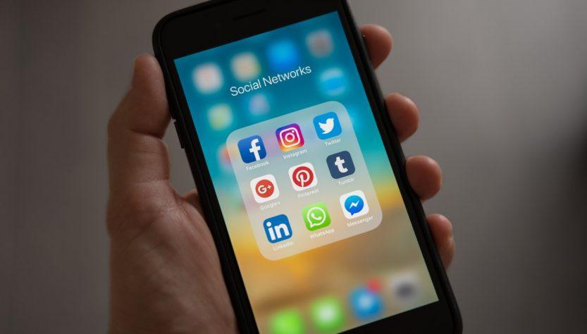 Come sfruttare i social media per invitare potenziali clienti agli eventi fieristici